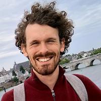 Online colleges muziekgeschiedenis - studentdocent Ben van Enk
