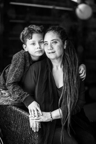 Portret Susanne Abrahams en zoon